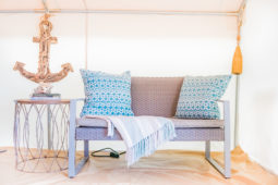 glamping_chairs